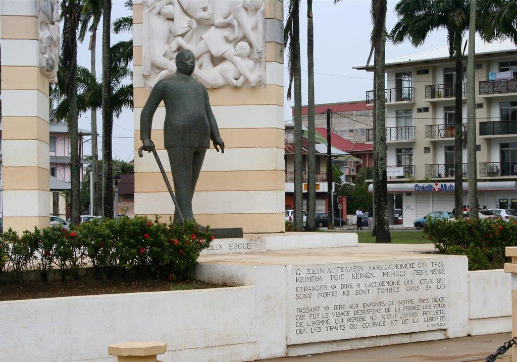 Statue Felix Eboué