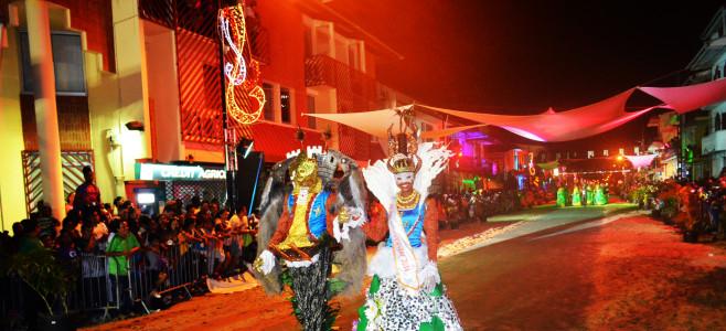Grande Parade Nocturne de Cayenne