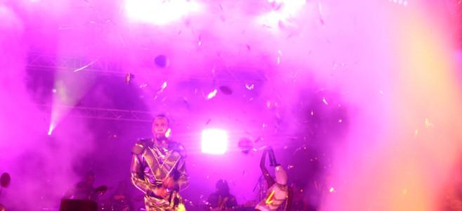 Le concert de Warren au stade Georges-Chaumet