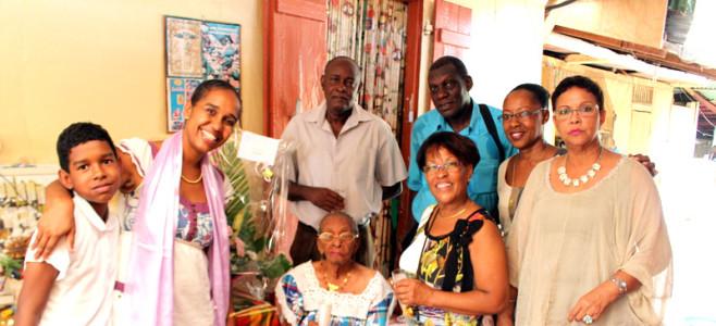 Cayenne rend Hommage à sa centenaire.