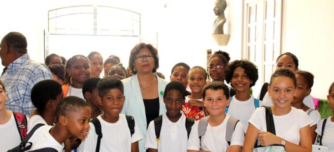 Les élèves du Collège HOLDER à la Mairie