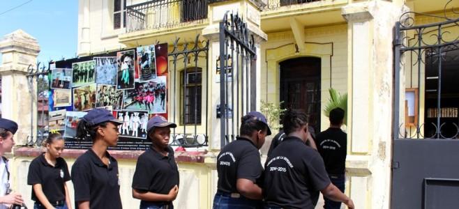 Les Cadets de la Défense, promotion 2014/2015, en visite à l'Hôtel de Ville