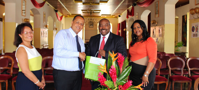 Visite de courtoisie du Chef Consul pour l'ambassade américiane de Paramaribo Monsieur Jean-Rene CHAPOTEAU