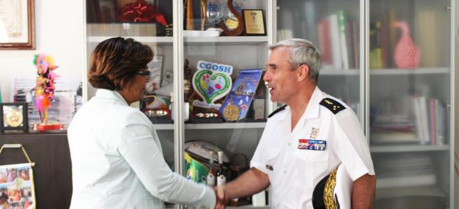 Madame le maire rencontre le nouveau commandant des forces armées