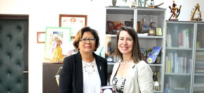 Visite de la directrice de l'INET à l'Hôtel de Ville