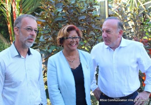 Pierre Gattaz le président du Medef rencontre le maire de Cayenne.