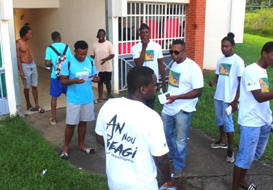 «Tròp Violans » sensibilise les jeunes des quartiers sur les dangers qui les guettent
