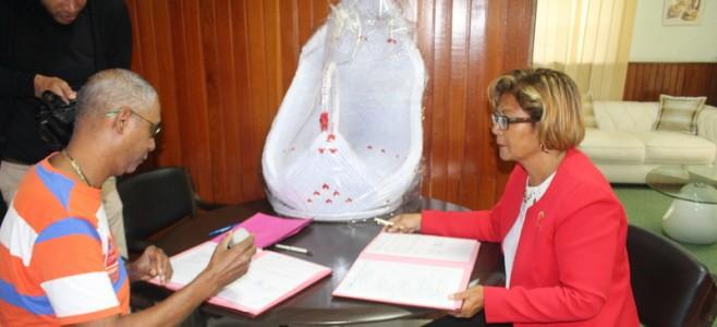 Convention entre la Ville de Cayenne et le Comité de Carnaval