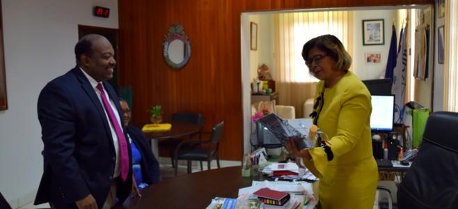 Rencontre avec l'Ambassadeur des États-Unis du Suriname